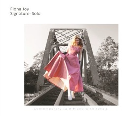 Cover image of the album Signature - Solo by Fiona Joy Hawkins