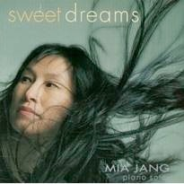 Cover image of the album Sweet Dreams by Mia Jang